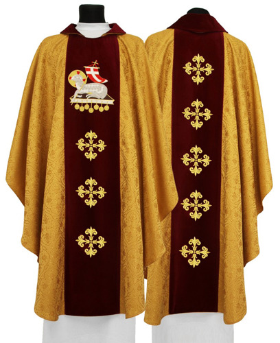 Gothic Chasuble The Lamb of God model 604
