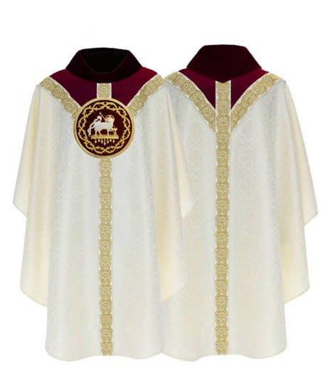 Semi Gothic Chasuble Lamb model 816